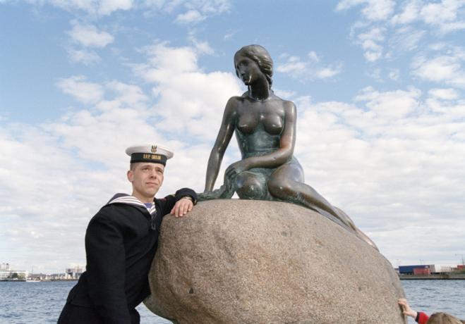 http://www.simonanstey.com/files/gimgs/th-68_dk03-sailor.jpg